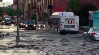 Flash Floods Make For Wet Morning Commute in Brooklyn - Video