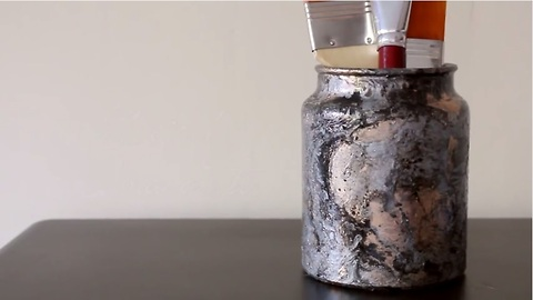 Fun DIY crafts: Marbled jar