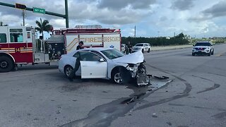 Pursuit ends in crash in Indian River County