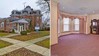This Ontario Mansion For Sale Is Amazingly Under $600K & Has Over 20 Rooms
