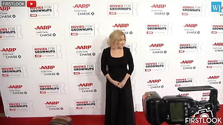 Bette Midler's Attempt To Fact-Check Donald Trump Backfires - Video