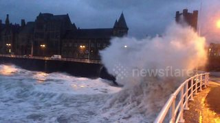 Storm Eleanor batters Aberystwyth seafront - Video