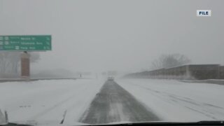 A Road America driving instructor gives tips for driving in the winter