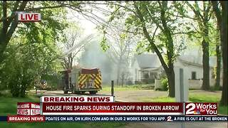 House fire sparks during standoff in Broken Arrow - Video