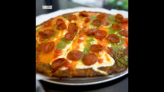These Pizzas Are Made With Cauliflower Crusts - Video