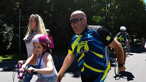 Cops Team Up With Kids To Raise Money For Cancer Research