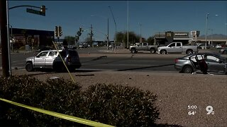 Deadly wreck shuts down eastbound Valencia at Country Club