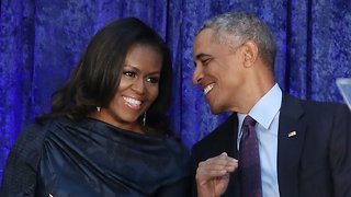 Barack And Michelle Obama Sign Multiyear Production Deal With Netflix - Video