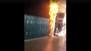 Student sets paper sign on fire at Coronado High School in Henderson - Video