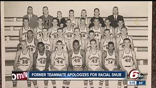 Former teammate apologizes for racial snub more than 50 years later - Video