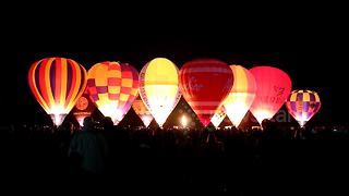 Beautiful hot air balloon display at York Balloon Fiesta - Video