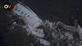 Fatal Plane Crash Kills Brazilian Chapecoense Members - Video