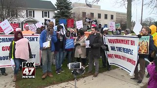 Protesters speak out against lame duck