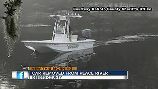 DeSoto County Sheriff's office pulls car out of Peace River - Video