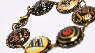 14 DIY bottle caps jewelry ideas - Video
