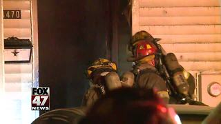 Frozen hydrants cause problems during fire - Video