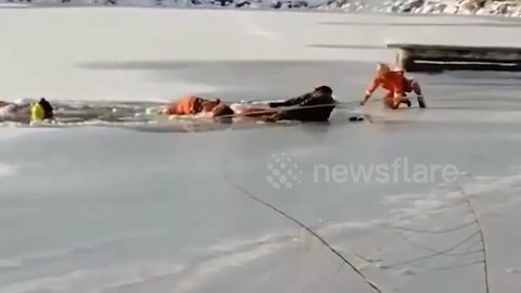 Heroic fireman dies after trying to rescue senior trapped in frozen lake