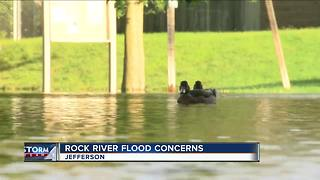 Rock River Rising: Jefferson residents prepare for possible flooding
