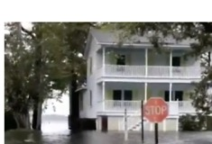 Hurricane Florence Storm Surge Turns Streets Into Waterways in Belhaven, North Carolina - Video