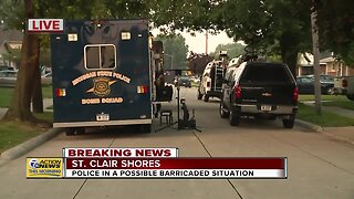 St. Clair Shores possible police standoff situation
