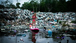 Daring Adventurer Paddles Through Trash-Filled Waters To Raise Awareness Of Pollution - Video