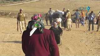 Hundreds of Syrian Refugees Return Home From Jordan As Ceasefire Holds - Video