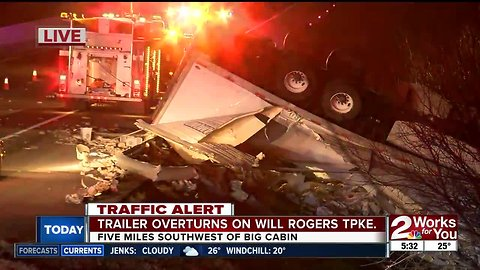 Trailer overturns on Will Rogers Turnpike