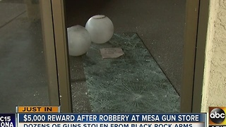 Reward raised in Mesa gun store robbery