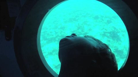 Kids nervous about diving 500 feet underwater in sub
