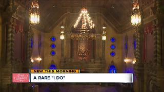 Eighteen couples to wed at Akron Civic Theatre on Valentine's Day - Video