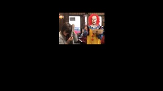 Doughnuts Just Became Terrifying as Creepy Delivery Clown Scares Customers in Missouri - Video