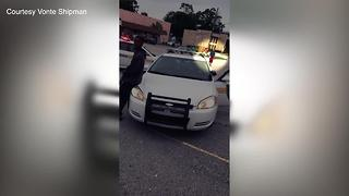 Officer threatens to jail Florida man for jaywalking - Video