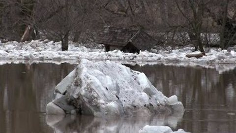 Ice Chunks Float Along Grand River as Water Levels Reach Near-Record Highs