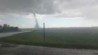 Tornado Touches Down in Three Hills, Alberta - Video