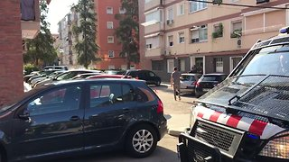 Officers Surround Reported Address of Man Shot Dead in Police Station Attack Near Barcelona - Video