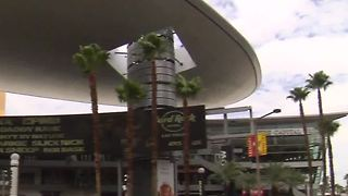 Two Las Vegas malls among nation's most valuable - Video