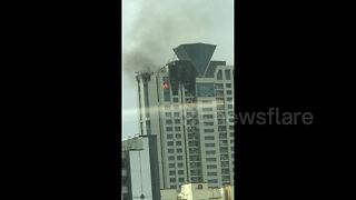 Major fire breaks out in tower home to Bollywood actress - Video