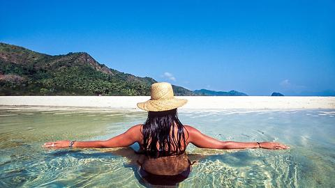 This 26-Year-Old Traveler Put Herself In Debt To Become Instagram Celebrity