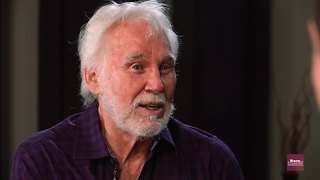 Kenny Rogers has ended his touring. His reason will brighten your day.  - Video