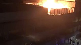 Fire Brigade Battle Blaze in Shadwell - Video