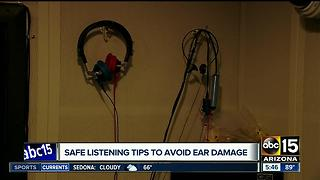 Tips on how to avoid ear damage when using headphones - Video
