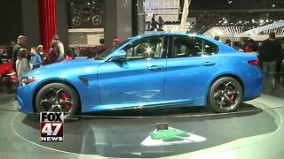 8-year contract to keep auto show at Detroit's Cobo Center - Video