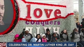Tulsans honor Martin Luther King Jr. - Video
