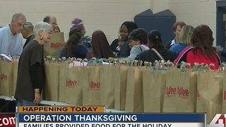 Operation Thanksgiving: Families provide food for the holiday - Video