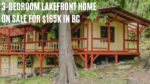 This Massive 3-Bedroom BC Home Is On Sale For $165K & It's Right Next To A Lake