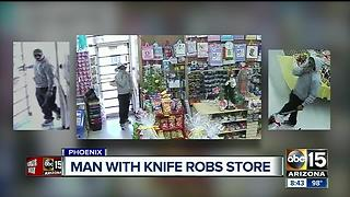 Police searching for knife-wielding thief who robbed Papa Nacho's market - Video