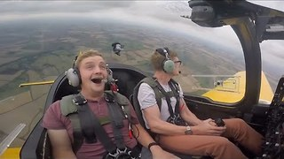 Hilarious G-Force Reaction - Video