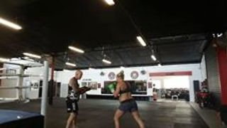 This Pregnant Kickboxer Is Still Training Like a Champ - Video
