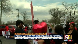 Benny Barefield family marches