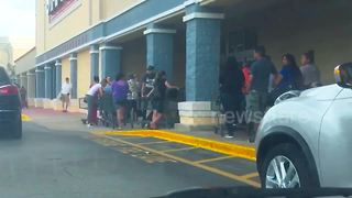 Long lines in Florida as Hurricane Irma bears down - Video
